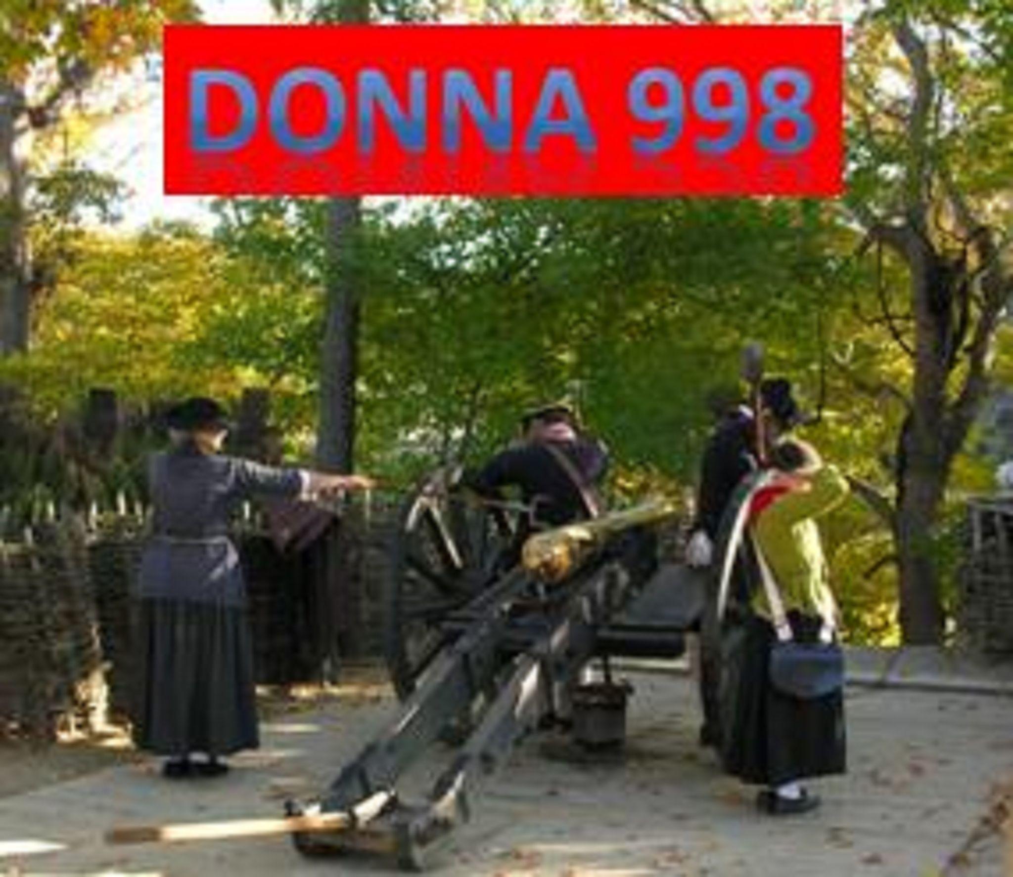 DONNA 998